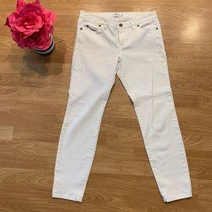 White Vineyard Vines Skinny Jeans
